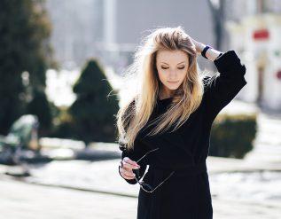 jakie-buty-do-czarnej-sukienki