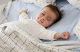 sennik-co-oznaczaja-sny-dziecka
