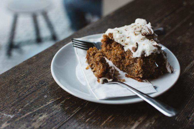 przepis-na-swiateczne-ciasto-marchewkowe