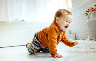 skoki-rozwojowe-w-pierwszym-roku-zycia-dziecka